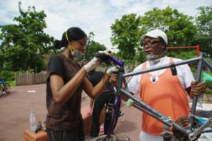 Bling Ya Bike workshop with Lamont'e Johnson